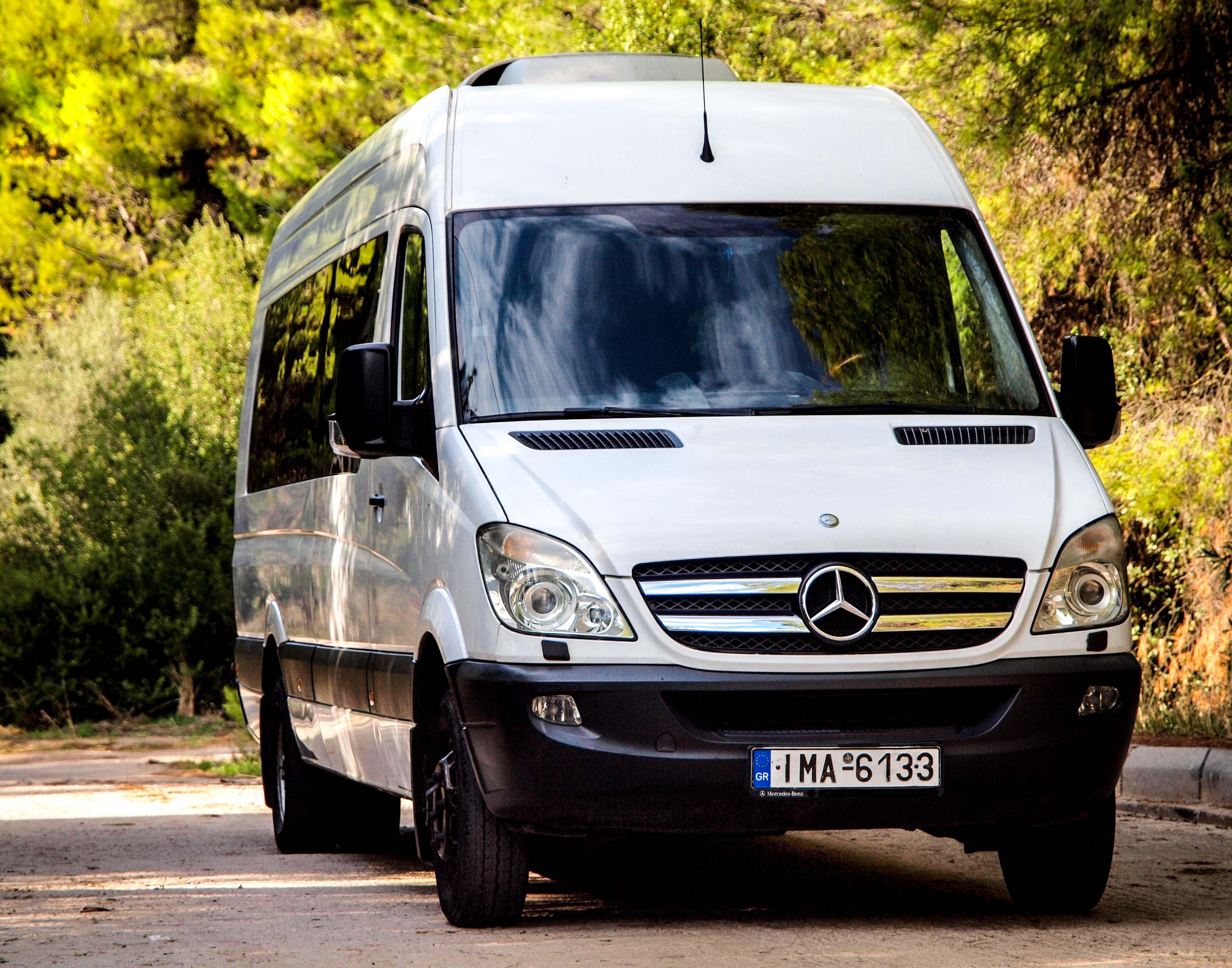 Sarris Mercedes Sprinter Out